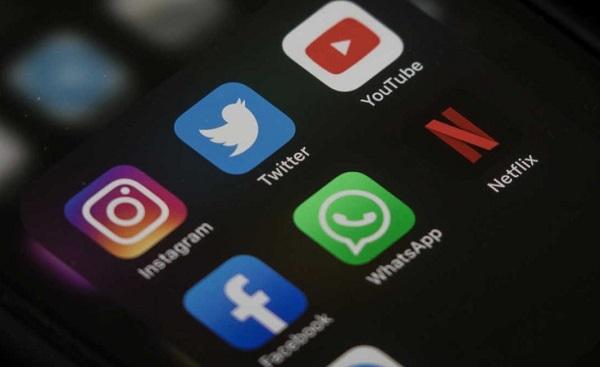 Từ ngày 15/9, Việt Nam siết chặt quảng cáo trên Facebook và YouTube
