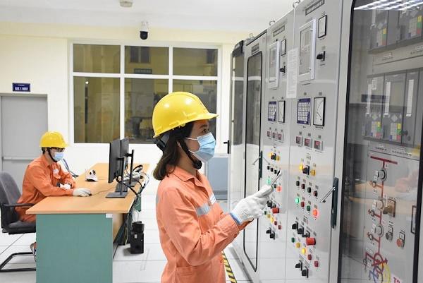 Trực vận hành đảm bảo cung cấp điện