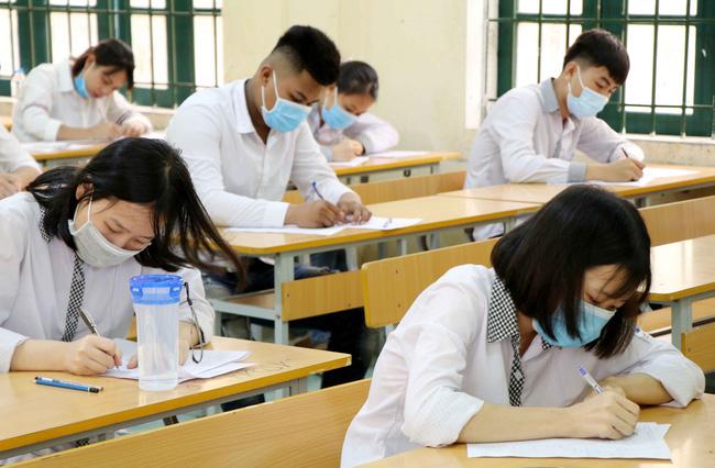 Hà Nội: Học bạ, giấy chứng nhận tốt nghiệp THPT trả qua bưu điện