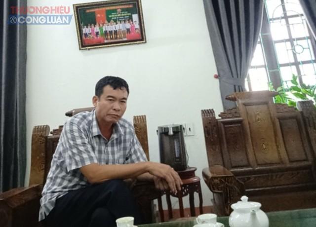 Ông Lê Văn Lương- Chủ tịch UBND xã Mỹ Lộc tại buổi cung cấp thông tin cho phóng viên