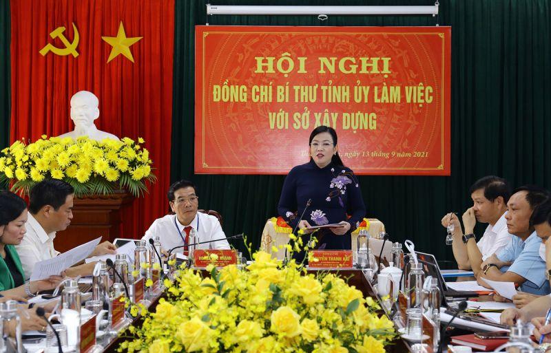 Đồng chí Nguyễn Thanh Hải, Ủy viên Trung ương Đảng, Bí thư Tỉnh ủy, Trưởng Đoàn đại biểu Quốc hội tỉnh tại buổi làm việc với Sở Xây dựng vào sáng 13-9