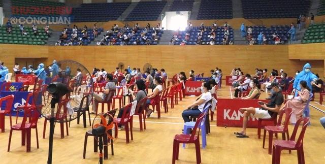 Đà Nẵng triển khai tiêm 192.000 liều vaccine AstraZeneca