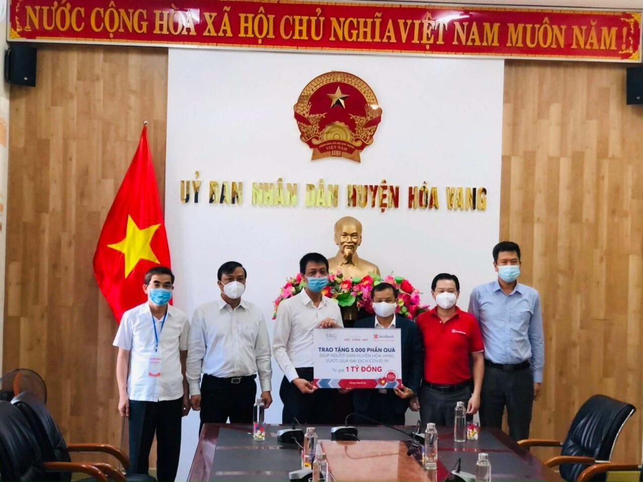 SeABank và BRG ủng hộ thành phố Đà Nẵng nhu yếu phẩm