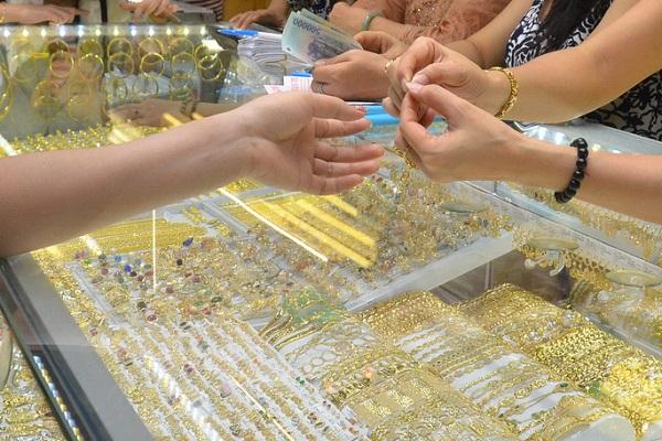 Giá vàng trên thị trường quốc tế tăng mạnh
