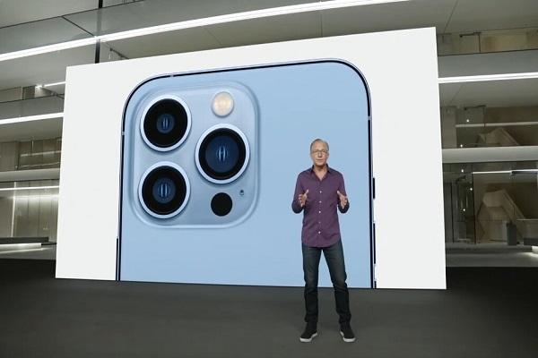 Đại diện Apple nói iPhone 13 Pro là điện thoại đầu tiên có khả năng quay video ProRes