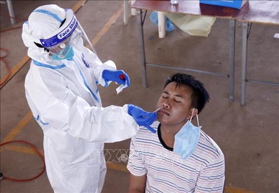 số ca mắc COVID-19 tại Lào tăng đột biến trong ngày 18/9