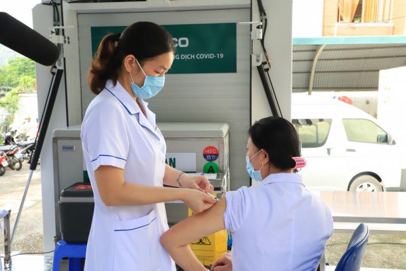 Quảng Ninh: Dự kiến tiêm vaccine mũi 2 cho toàn dân trong tháng 10 và tháng 11/2021