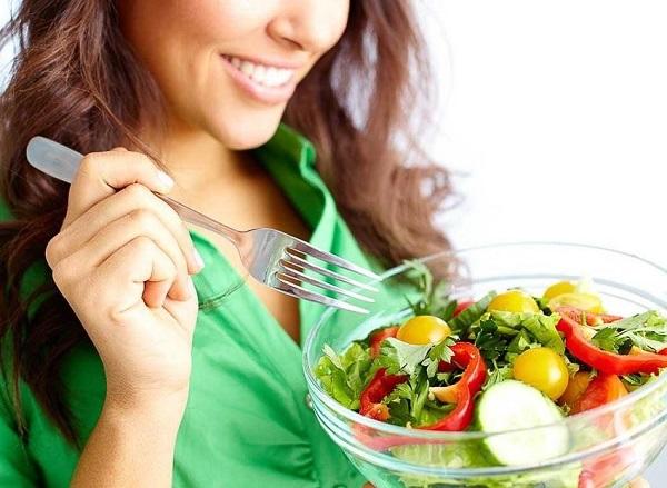 Chế độ dinh dưỡng cho người bị đa nang buồng trứng