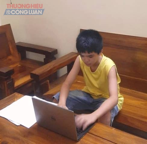 Đà Nẵng còn nhiều học sinh gia đình hoàn cảnh khó khăn chưa có máy tính để học trực tuyến
