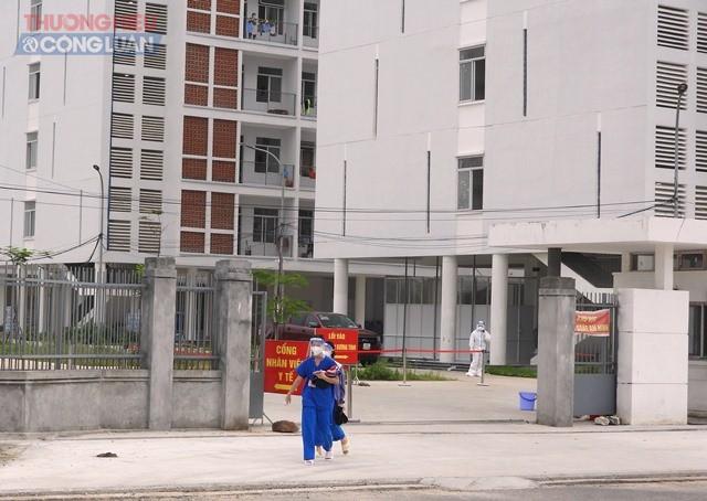Hiện bệnh viện dã chiến tại Khu ký túc xá phía tây thành phố đang điều trị 556 ca,
