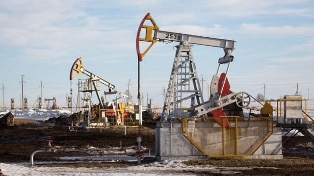 Giá xăng dầu tiếp đà tăng hơn 2% của phiên trước