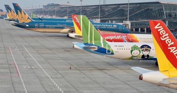 Cục Hàng không yêu cầu các hãng hàng không dừng mở bán vé máy bay trên các đường bay nội địa