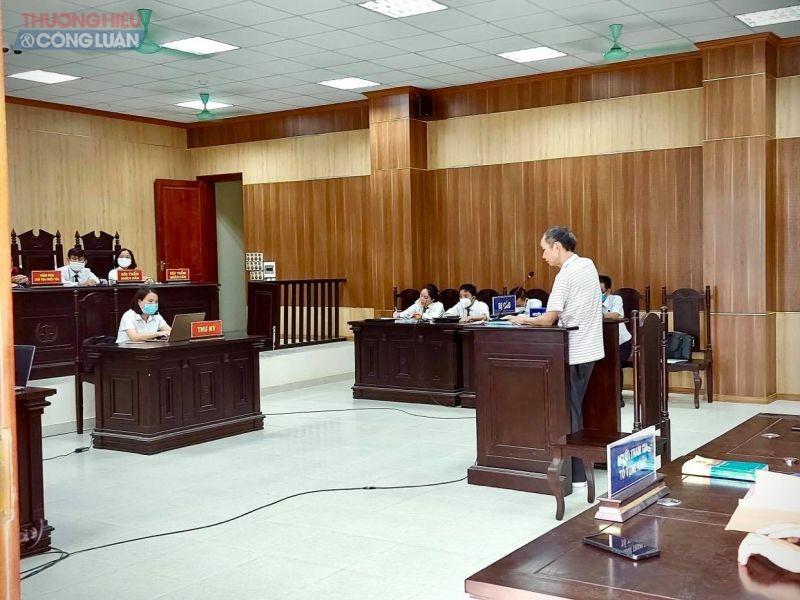 Bị cáo Hồ Đình Tùng tại tòa
