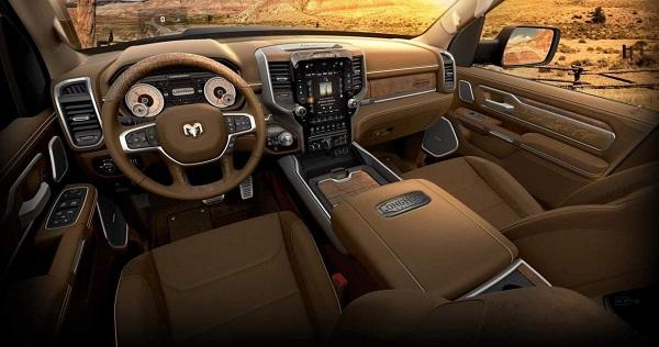 Nội thất được thiết kế đặc biệt cho Ram 1500 TRX bản giới hạn