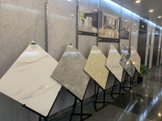 Khu trưng bày những sản phẩm gạch ốp lát cao cấp chuẩn thuộc bộ sưu tập mới nhất, chuẩn bị ra mắt vào năm 2022 của CMC tại sự kiện