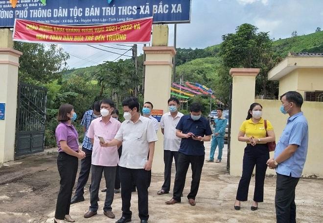 khảo sát chuyển đổi số ngành GD ĐT tại xã Bắc Xa, huyện Đình Lập.