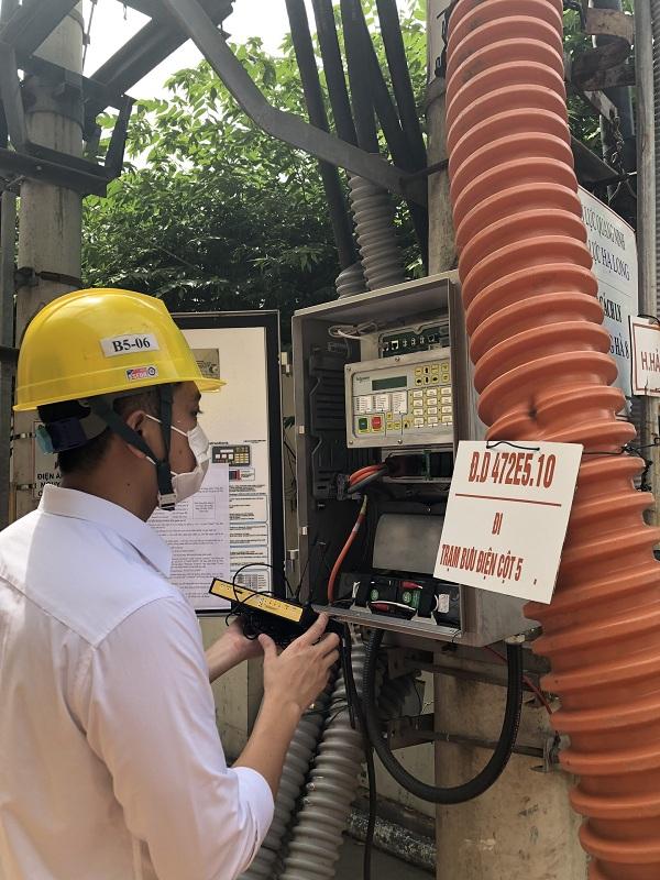 Xử lý tín hiệu SCADA máy cắt Recloser kết nối về Trung tâm điều khiển xa Quảng Ninh