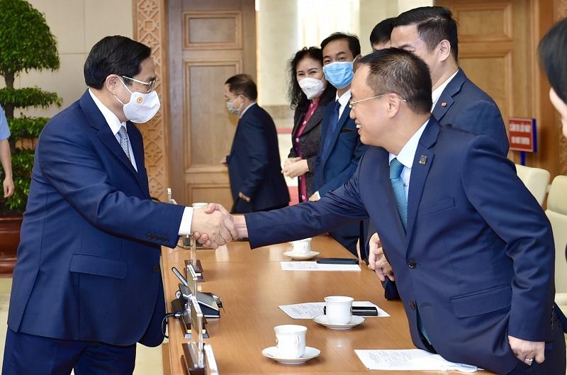 Thủ tướng Chính phủ gặp mặt doanh nhân nhân Ngày Doanh nhân Việt Nam