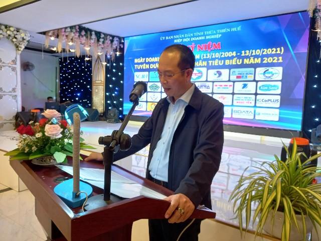 Ông Phan Quý Phương, Phó chủ tịch UBND tỉnh Thừa Thiên Huế phát biểu với DN