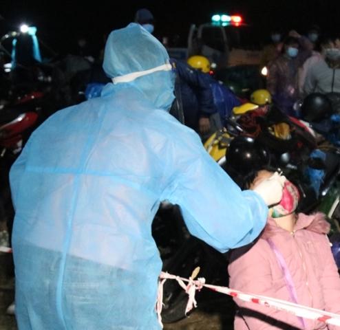 Trước tình hình như vậy, huyện Phước Sơn đã quyết định thực hiện giãn cách xã hội đối với toàn bộ xã Phước Chánh