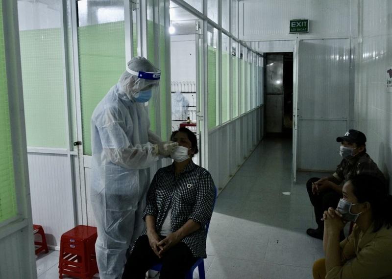 Hỗ trợ kit xét nghiệm nhanh kháng nguyên SARS-CoV-2 cho các doanh nghiệp.
