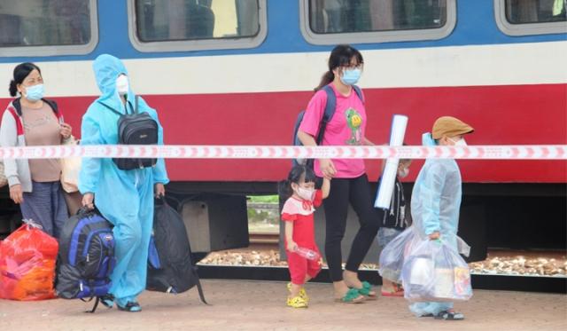 Người dân trở về từ TP Hồ Chí Minh