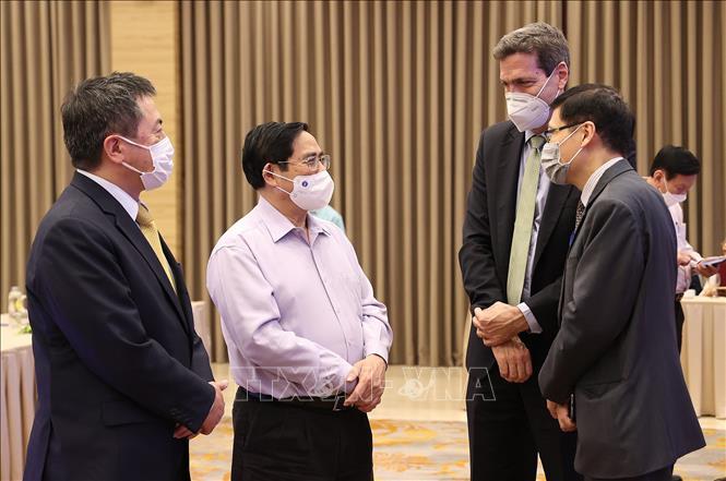 Thủ tướng Phạm Minh Chính với các đại biểu tham dự hội thảo. Ảnh: Dương Giang/TTXVN